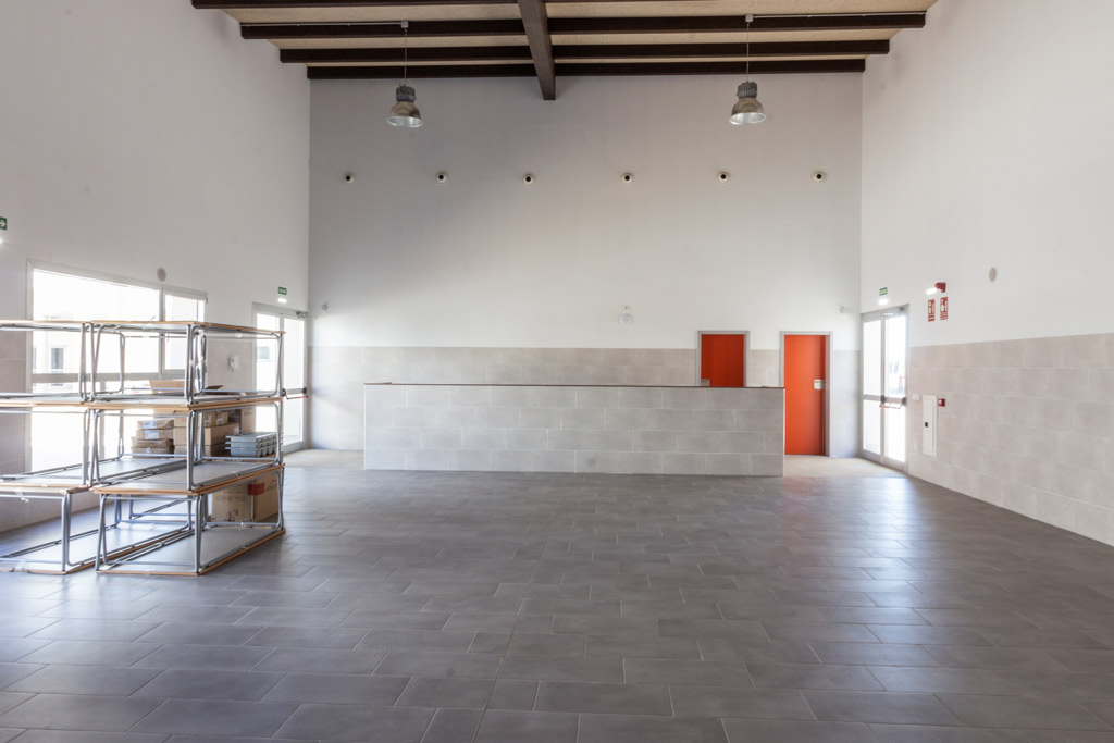 Colegio Infantil y Primaria Binefar Paobal Constructora y Levitec